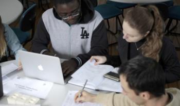 Dados ajudam núcleos e direções dos centros a promover melhorias nos cursos<br>Foto: Foto: Jonas Pôrto